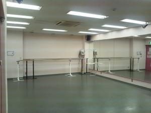 中央総武線 にある 秋葉原 ダンススタジオ