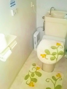 国分寺 レンタルスタジオ の トイレ は綺麗で広々しています。